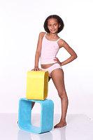 Комплект (трусы + майка с ажурной отделкой) для девочки со стразами dks-1201